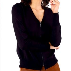 CARDIGAN WITH FRONT ZIPPER